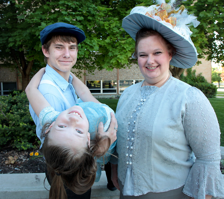 The Francis family: Daniel, Claire and mother Melody.