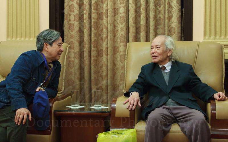GS Đinh Xuân Lâm