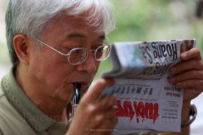 Hoàng Dũng, professor