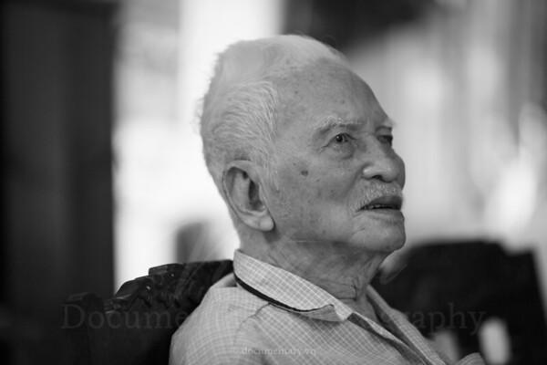 GS Hoàng Như Mai