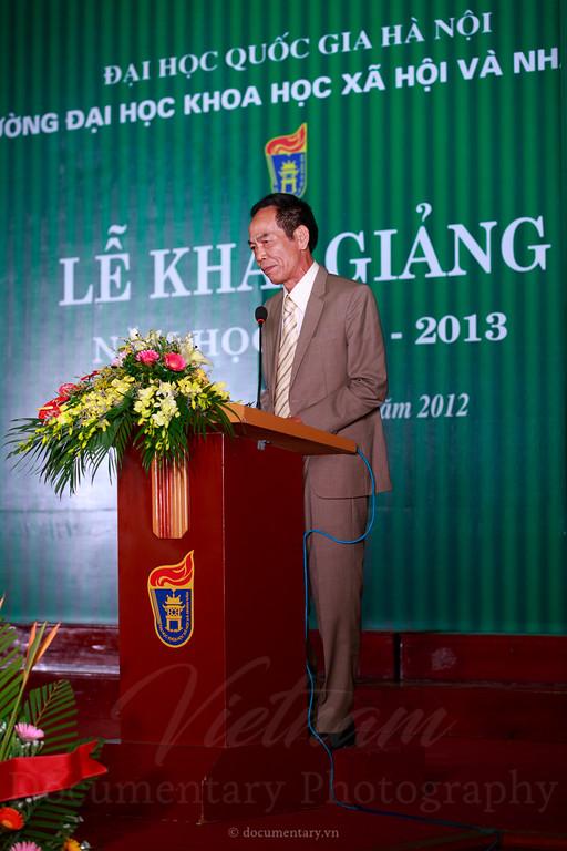 Lễ khai giảng năm học 2012-2013. Trường ĐHKHXH&NV, 14/9/2012.