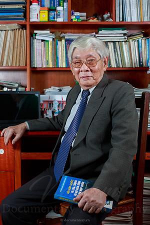 PGS.NGND Nguyễn Quốc Hùng