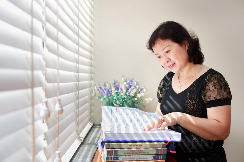 Nguyễn Thị Việt Thanh, professor