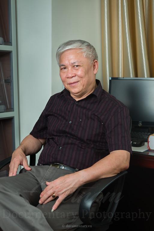 GS.TS Trần Ngọc Vương