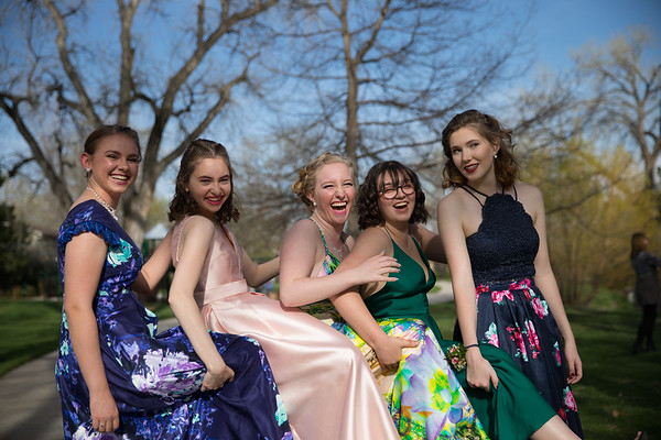 Arvada West Prom Group 05-05-2018