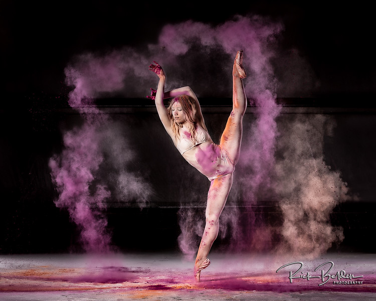 Powder accentuates the movements of the Ballet Dancer and thus creating some unique shots.  Photos taken at my friends Airplane Hanger with the Amazing  @poppyseed_dancer  Outfit by: @TrueandCo .......................................................