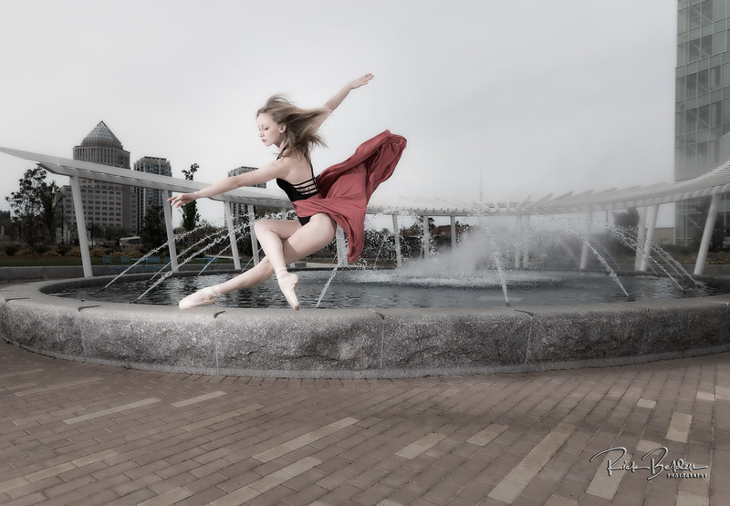 Flying through the air like Supergirl!  It is ridiculous how easy they make these moves look.   Shots taken around dowtown Charlotte.  These Beutfiful Ballerinas were amazing to create ART with!        .............................................. Dancers:  @tiffmako  and @Traceface_m   .........  Photographer: @RickBeldenPhotography  .........  Association:  @UNCCDance and @CLTBallet   ..................................................
