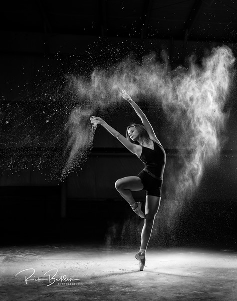 Creating Powder Art is much easier when you are working wtih such talented Ballerinas!        ...........  Dancer:  @traceface_m    ............  Photographer: @RickBeldenPhotography  .............  Affiliation:  @UNCCDance    @Balletphotoeveryday  @Ballet_posts_   ...........