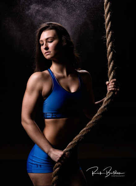 Strong is the new Beautiful in 2018!  Fitness shoot with my friend Kyleigh sporting some cool Under Armour gear.   I highly recommend hiring her if you are looking to add fitness into your photography portfolio.     ....  ......   ..... Model:  @KyleighBishop @Kyleighthebish  ..... Locatoin:  #Crossftiharrisburg  .....    @FitnessFuns  @Girls.of.Fitness @KillerPhysiques  ......   ......    ......