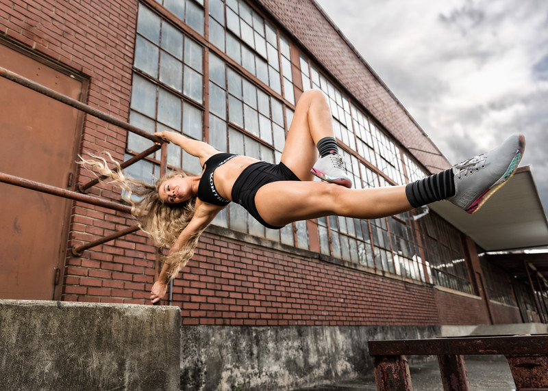 Strong Women ROCK!  Created some really powerful athletic photos my new friend Chala!  Model:  @___chala  , @model_chala  Clothing: @designkontrol  Shoes: @nobullproject   ..........................................................