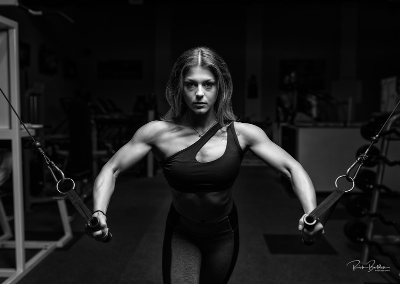 Strong is the new Beautiful!  Fitness Competitor Rayanne in an off season workout.  Always enjoy creating wth passonate Athletes.    ................................. Athlete:  @Rayzorgainz  Gym: @Olympus365  Coach: @Jamiegiampa    Clothing by: @Lululemon @Thegrindathletics  ....................................................................