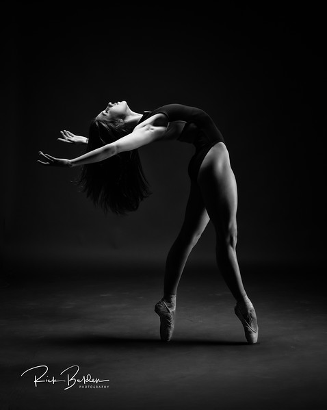 Worked with this Beautiful Ballerina named Tiffany in my studio this morning.   Was amazing creating ART with her!        ....  ......   ..... Dancer:  @tiffmako   .....   ......  Association:  @UNCCDance and @CLTBallet   ......    ......