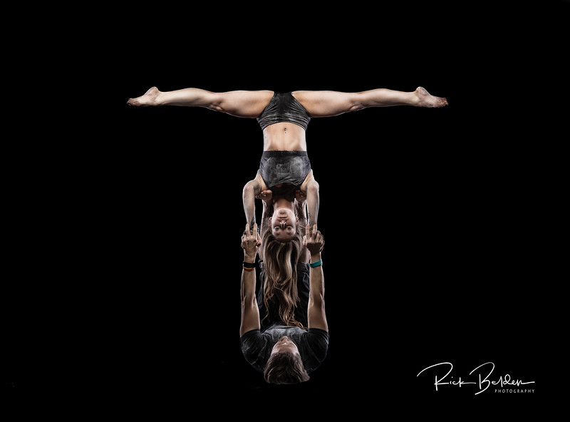 Always fun to create Art with interesting and talented people.   Excited to again be working with Ms. Kris Brooks and her friends on this Acro/Powder photoshoot.  These Acro Performers are amazing.  ................................................................. Performers:   @KrisBrooks   @Jasonkierce  @Hookermedia @Charlotteacronuts  Photographer:    @RickBeldenPhotography ....................................................................................