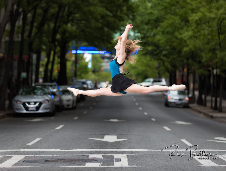 So much Strength and Beauty in one image!   Amazing Ballerinas in downtown Charlotte.   Always fun creating art with these talented Dancers.        .............................................. Dancers:  @tiffmako  and @Traceface_m   .........  Photographer: @RickBeldenPhotography  .........  Association:  @UNCCDance and @CLTBallet   ..................................................