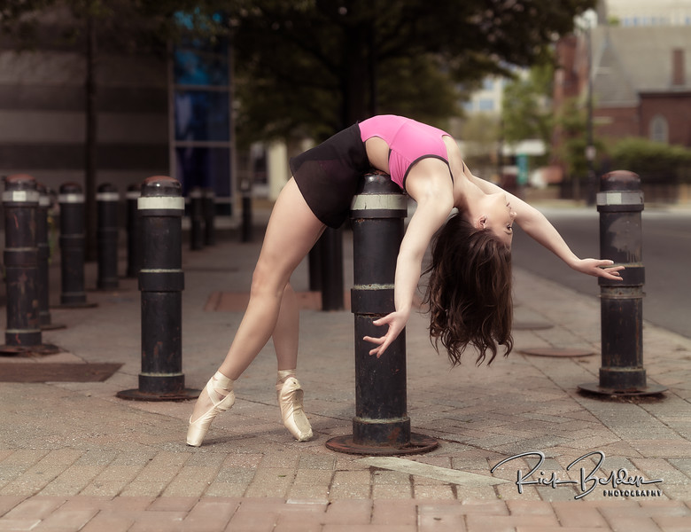 Beautiful Ballerinas in downtown Charlotte.    It was fun creating art with these talented Dancers.        .............................................. Dancers:  @tiffmako  and @Traceface_m   .........  Photographer: @RickBeldenPhotography  .........  Association:  @UNCCDance and @CLTBallet   ..................................................