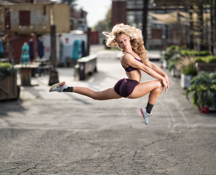 Flying through the air with the greatest of ease....  Athletes are so much fun to create with!   Model:  @___chala  , @model_chala  Clothing: @fitaid   Shoes: @nobullproject   ..........................................................