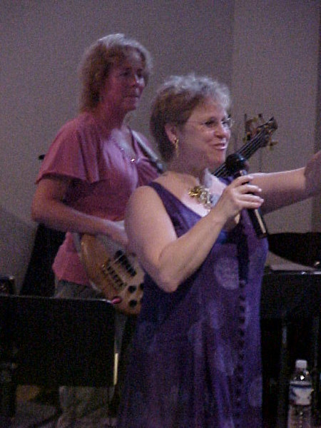 A Bean Blossom Music Series concert at the very end of August. This was A Tribute to Women in Jazz. Here's Janeice Jaffe, vocalist, and Jennifer Kirk on electric bass...