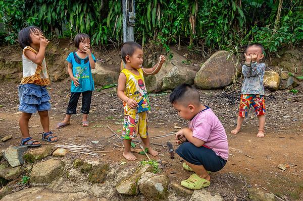 Hmong children posing