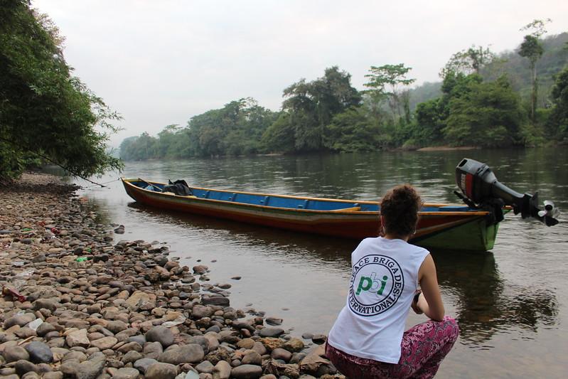 A orillas de la Cooperativa Sapadana se encuentra el río Oro, que hace frontera con Venezuela.