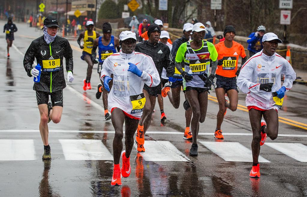 Men Runners Race