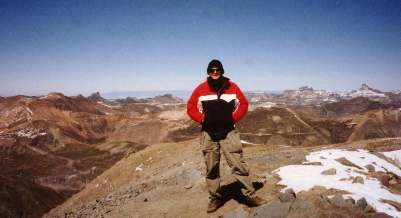 14,000 ft peaks in Colorado do not have elevators