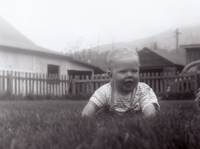 Alan in grass valsetz