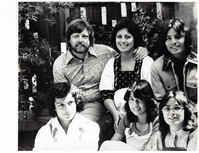 1975 family mv b&w-1