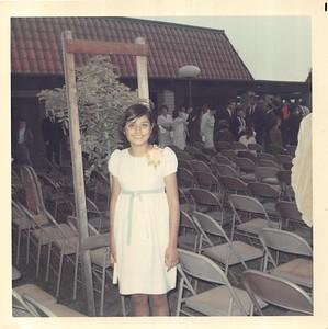 1969-06-11 Mich Junior High Grad - 4