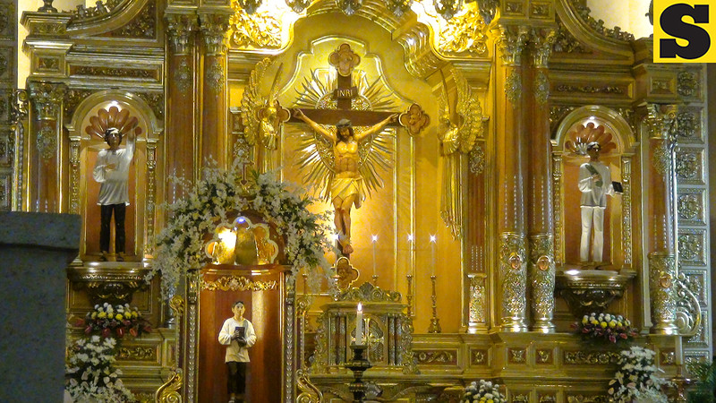 A view of the Cebu Cathedral altar where images of Pedro Calungsod where placed, along with the image of Jesus Christ. (Sunnex)