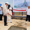 SPADE WORK FOR SAINTHOOD. Cebu Archbishop Emeritus Ricardo Cardinal Vidal shovels cement over the hole during the groundbreaking ceremony of the templete for the thanksgiving of Pedro Calungsod's sainthood. He is joined at the Cebu City South Road Properties site by Cebu Governor Gwen Garcia (left) and Cebu City Mayor Mike Rama. (Sun.Star Photo/Arni Aclao)