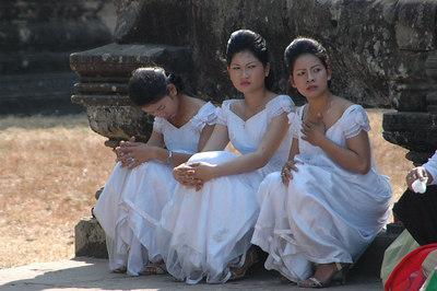 Bridal Entourage  Angkor Wat, Cambodia