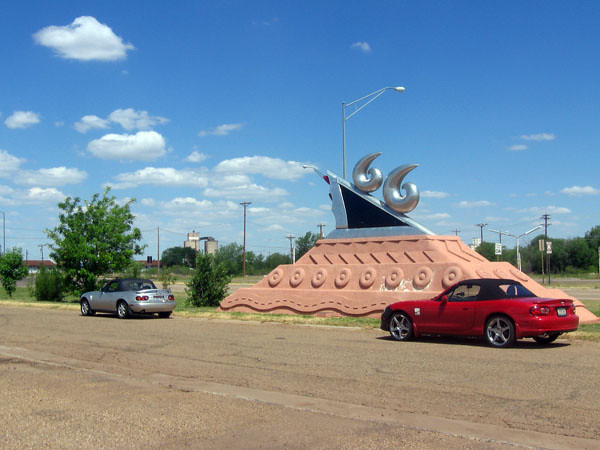 Route 66 memorial in Tucumcari, New Mexico