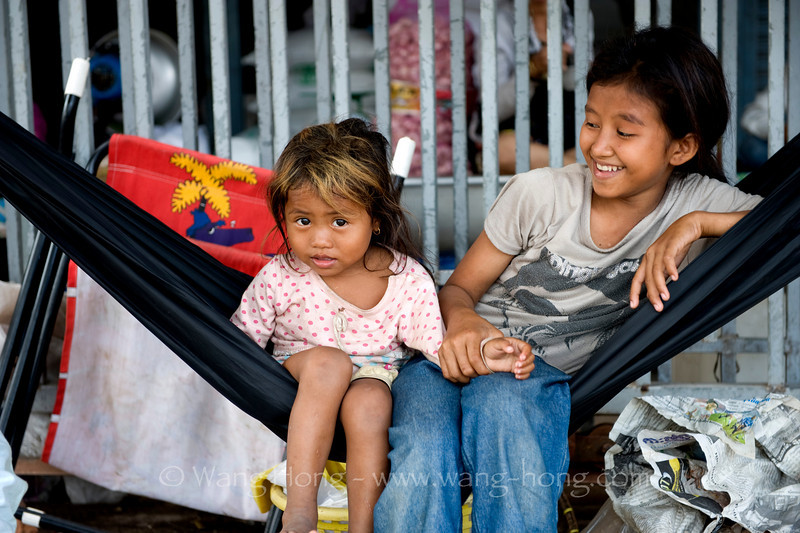 Sisters at local market in Sihanoukville.
