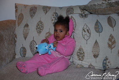 Thanksgiving 2007 Chilling on my Great Uncles couch wit my Carebear!
