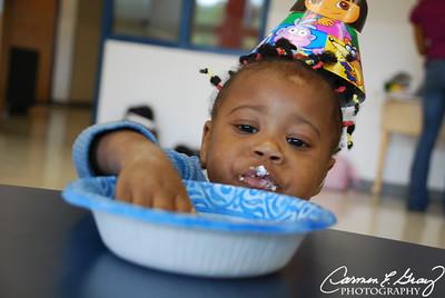 Yummm Cake...
