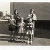 Children with Coat Hangers (07209)