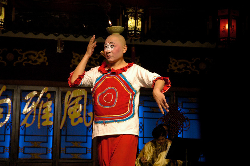 Comedy performer - Xian, China<br /> <br /> ©Gerald Diamond<br /> All rights reserved