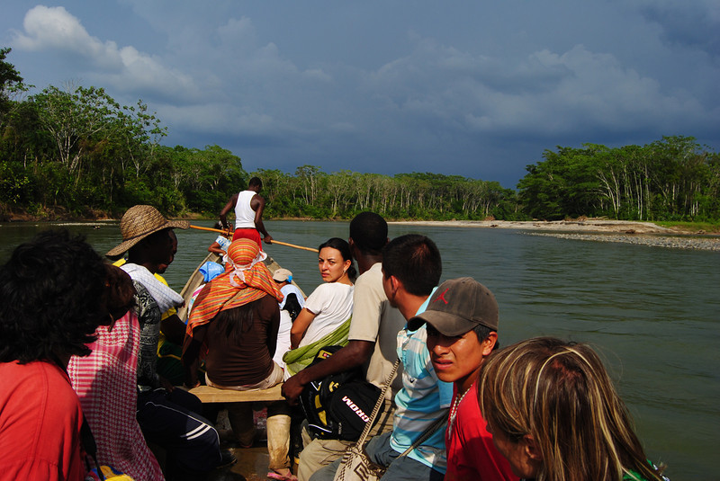 The delegation arrived by river to the Embera indigenous peoples' Humanitarian Reserve in a place known as Alto Guayabal. <br /> Photo: Pauline Liss/PBI Colombia