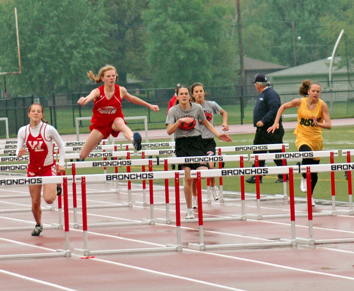 Hurdles - WCJC May 8, 2008 - Finals<br /> Congrats! East Tipp Girls