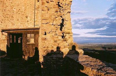 neděle odpoledne - pohled z východní věže hradu směrem na sever