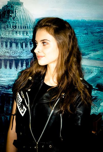 Fallout 3 girl from Igromir 2008