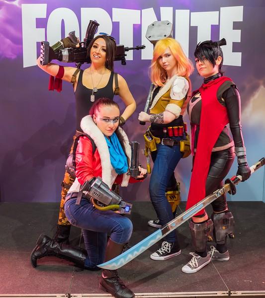 Fortnite cosplayers at Gamescom 2017