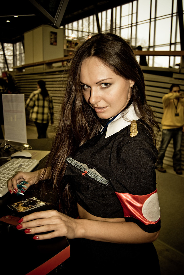 Booth-babes from Igromir 2008