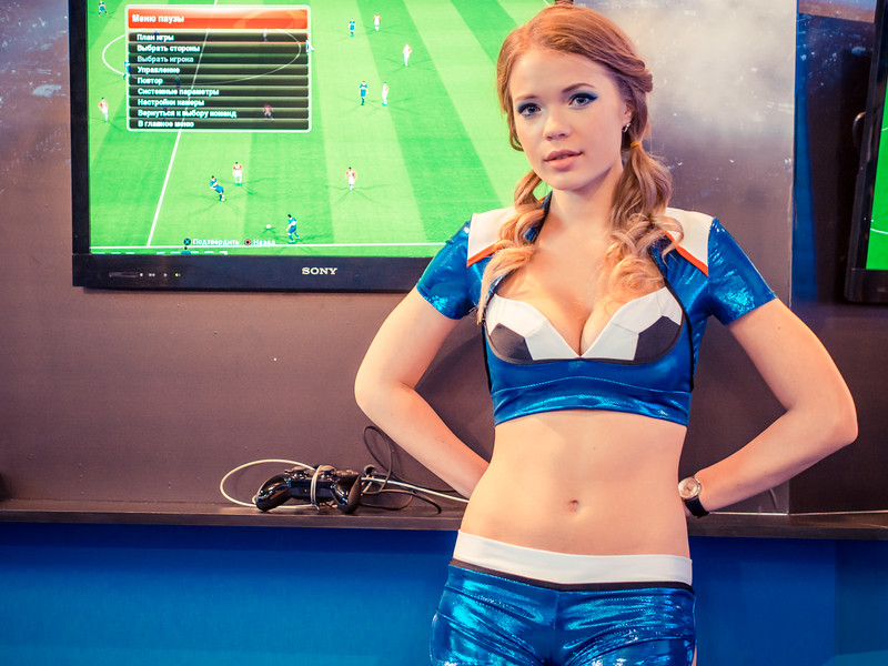 PES promo girl at Igromir 2013