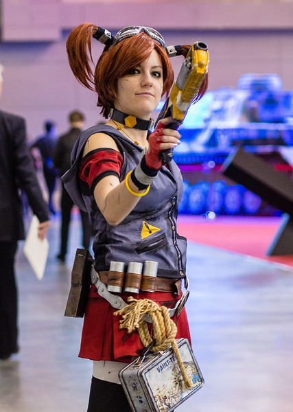 Amiko-chan as Borderlands 2 girl at Igromir 2013