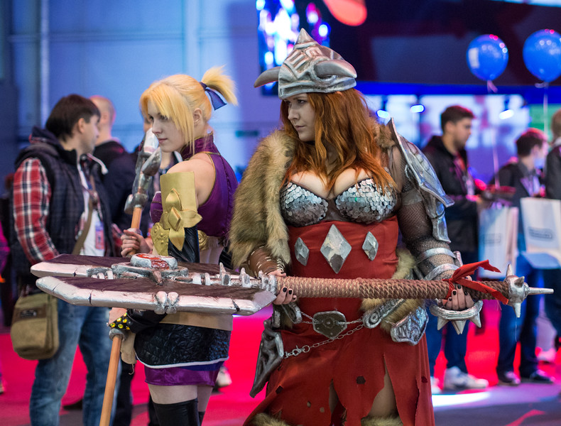 Viking girl cosplay at Igromir 2013