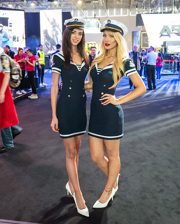 Booth-babes at Wargaming booth at Gamescom 2017