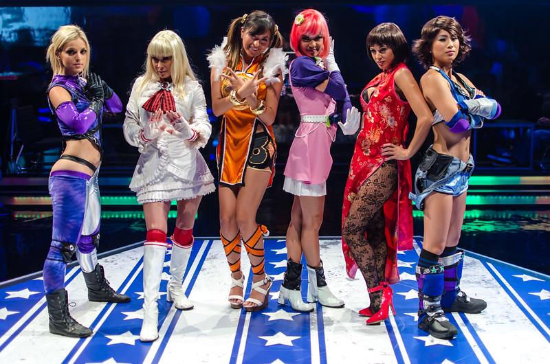 Tekken cosplay models at E3 2012