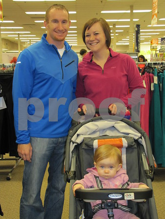 Blake and Lacey Utley and their daughter Emmalyn.