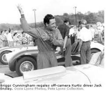 Briggs Cunningham regales off-camera Kurtis driver Jack Ensley (Ozzie Lyons Photos, Pete Lyons Collection)